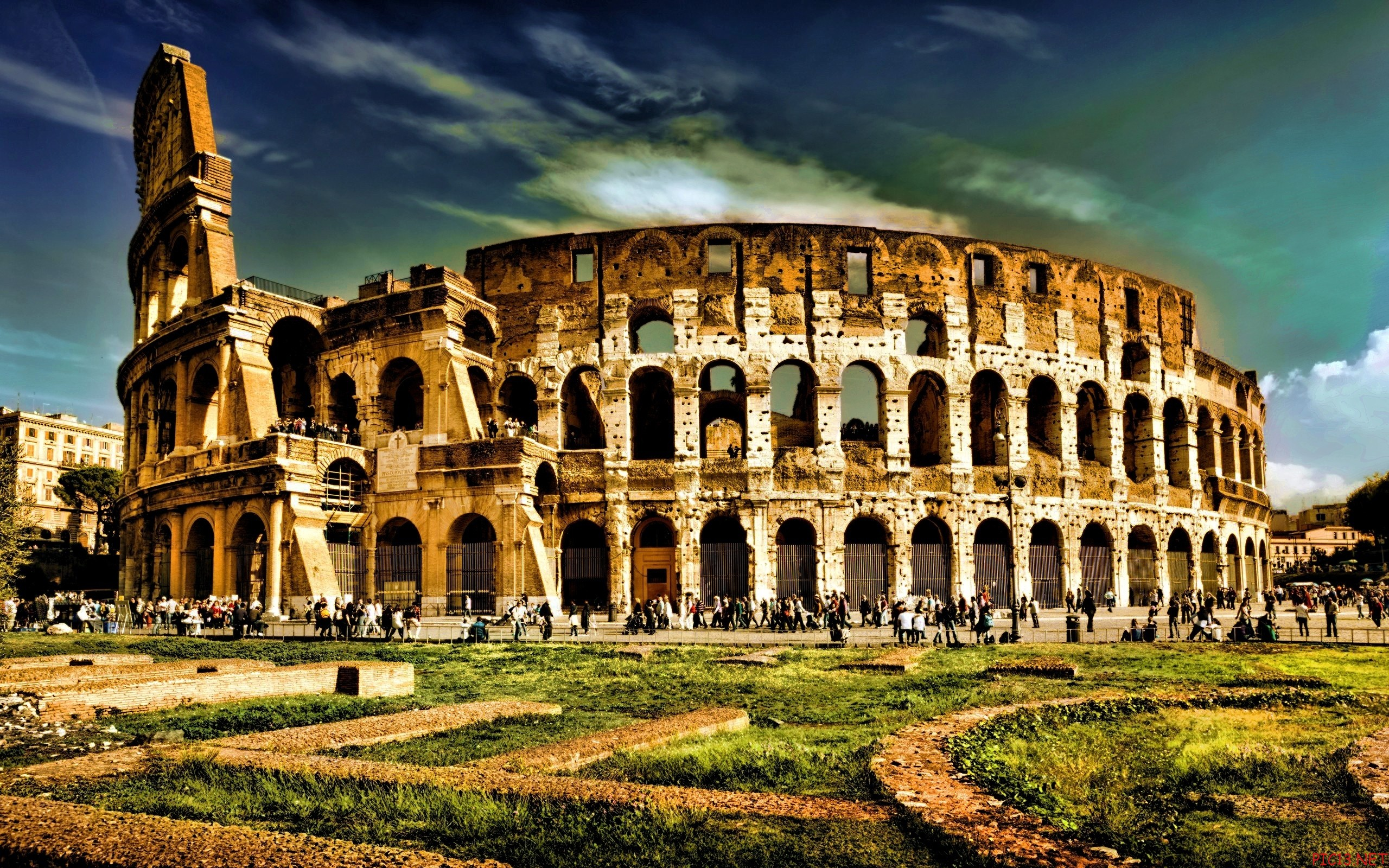 colosseum-rome-seven wonders of the world